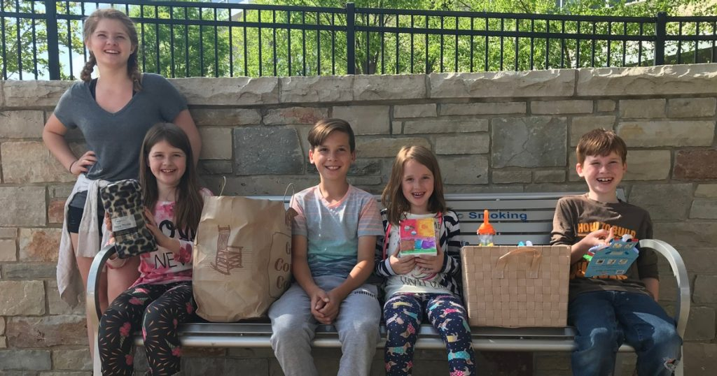 Sophya Seals and siblings Mercy Kids donation