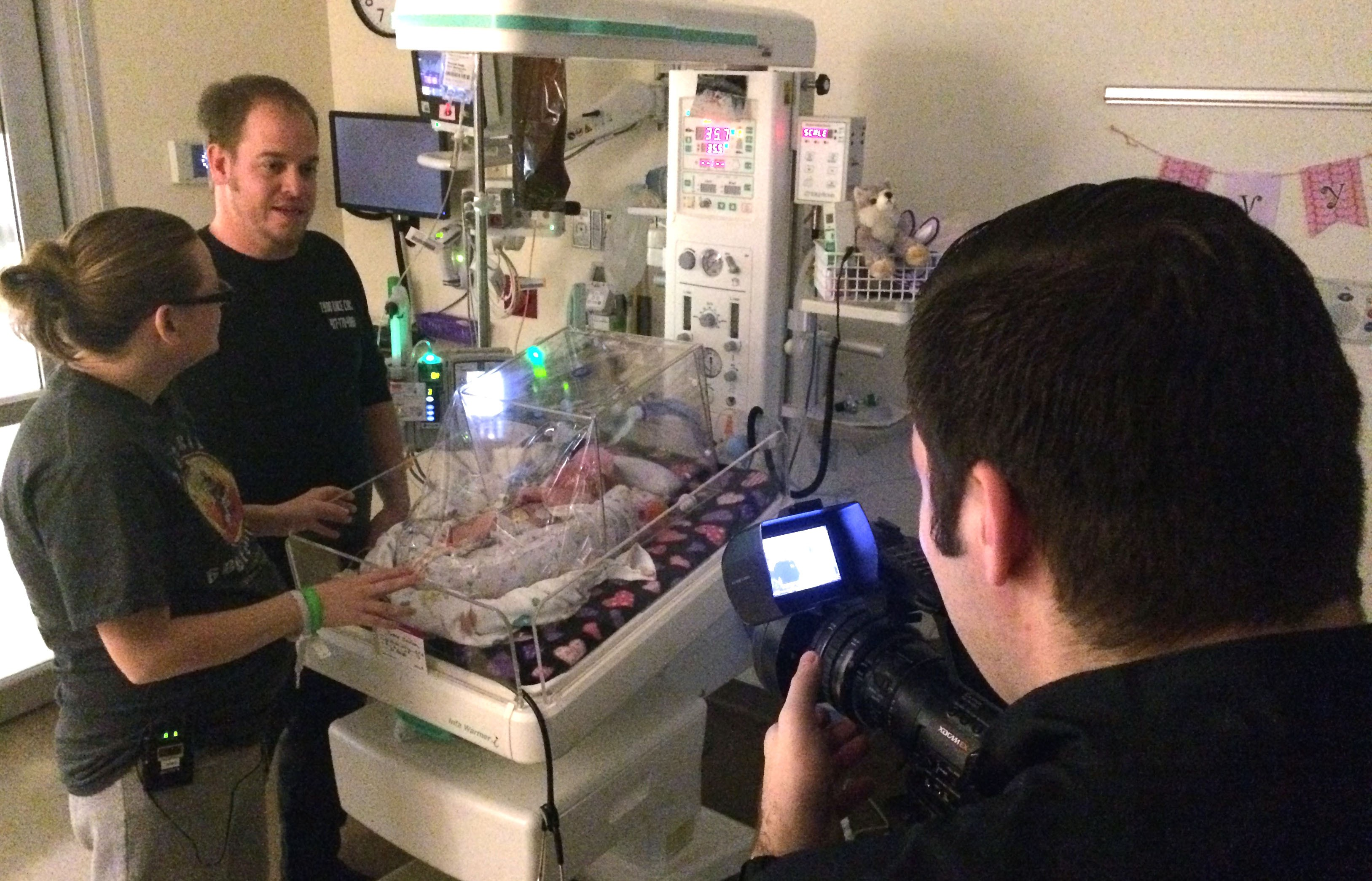 Baby Ivy's parents speak with the reporter inside Mercy Hospital Springfield's neonatal intensive care unit (NICU).